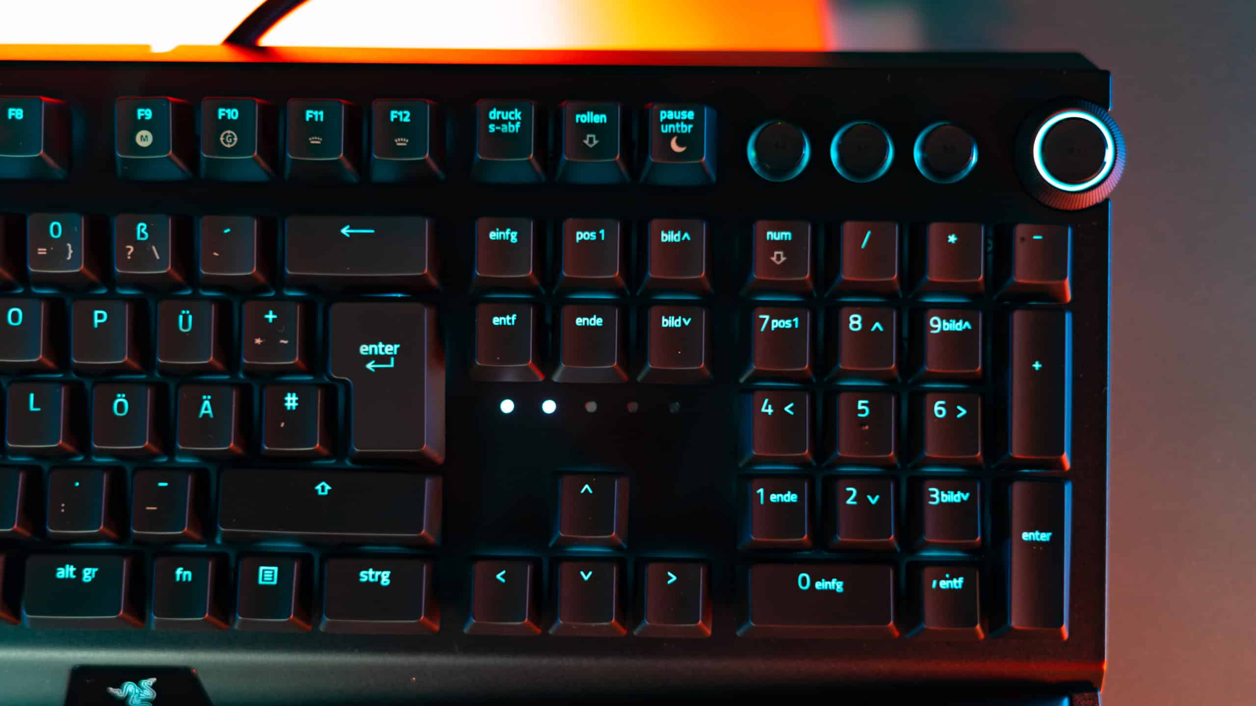 razer blackwidow v30 pro test wireless